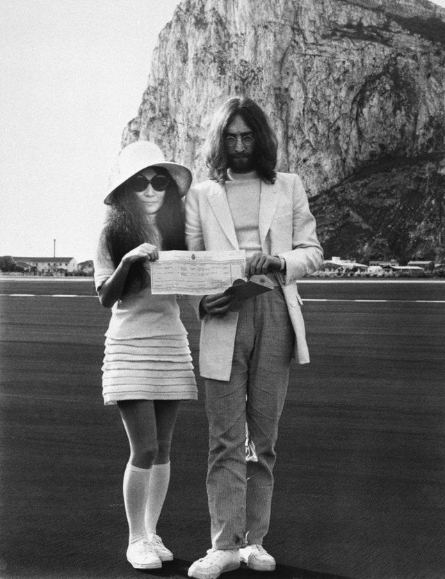 sneakers matrimonio Yoko Ono e John Lennon