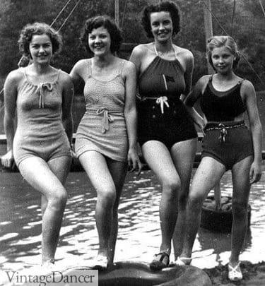 Donne nel 1937 in costume da bagno